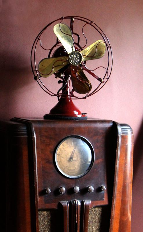 GE 1920s Type AOU Fan.jpg