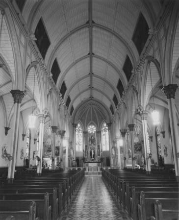 Interior_of_Our_Lady_of_Good_Counsel_Church.jpg